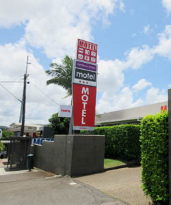 Nambour Lodge Motel - 171 Currie Street, Nambour QLD 4560